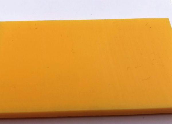 Schneidbrett gelb 30 x 400 x 1000 mm